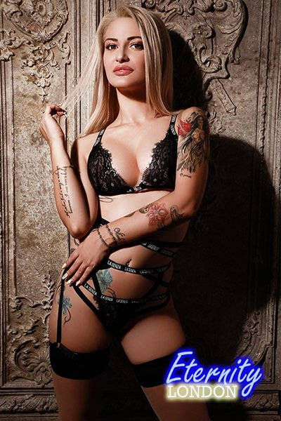Blonde Edgware Road W2 London Escort Girl